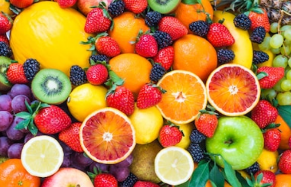 Central China province starts direct import of fruit