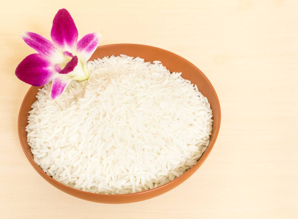 Buy 100 bags of imported high quality Vietnamese rice
