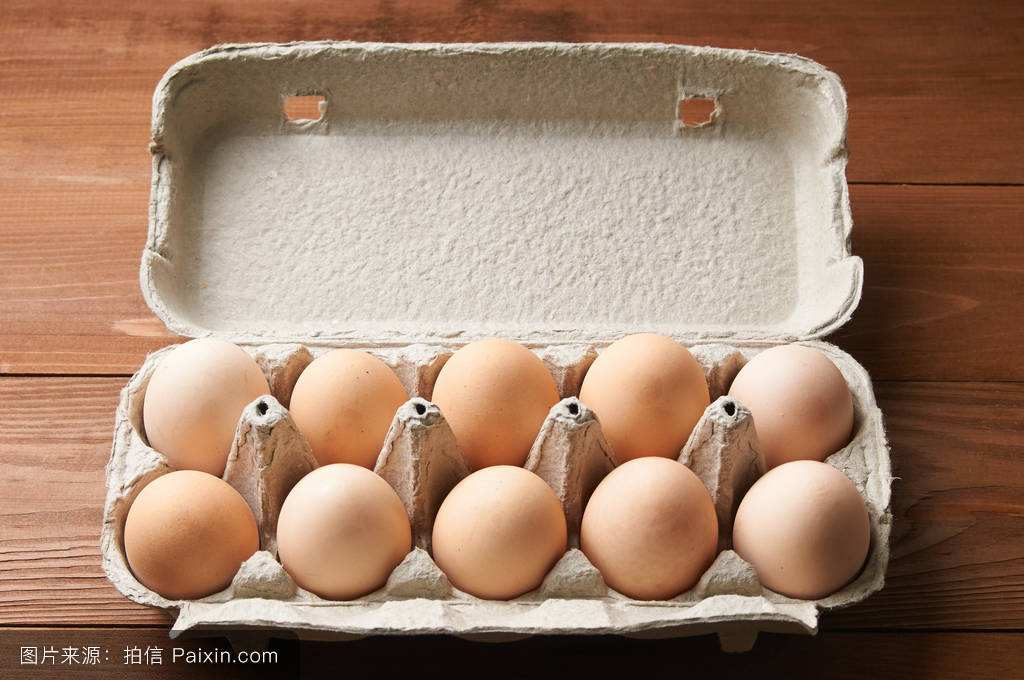 Farm White & brown color broiler hatching eggs.