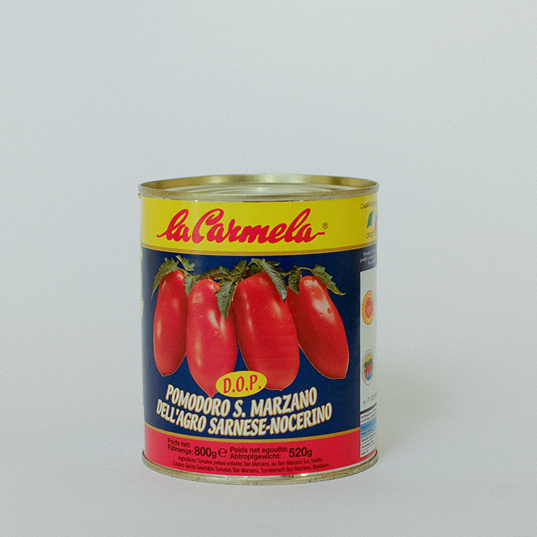 Whole peeled San Marzano DOP dell'Agro sarnese nocerino tomatoes, instant food, ready-to-eat, Italy FRATELLI D'ACUNZI SRL
