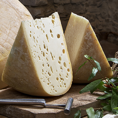 Italian Pecorino to eat as a table cheese, soft-paste,Su Zinnibiri, Italy sheep's pasteurized MILK,wheel cheese