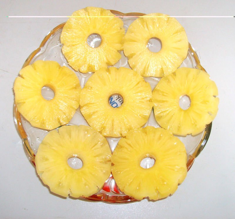 Canned Queen pineapple slices