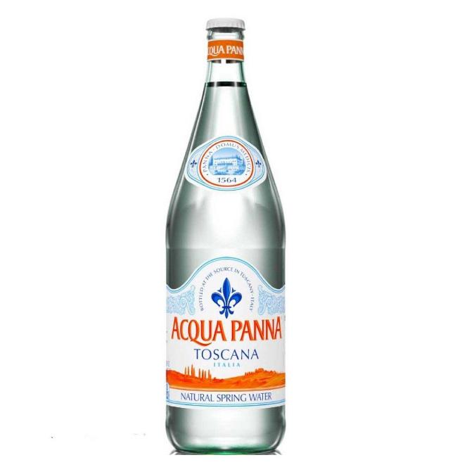 Acqua Panna 24x25cl、Panna water in glass bottle