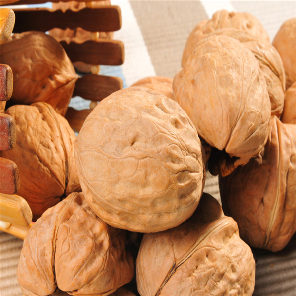 AFood Walnut kernel , Walnut shell thin ,  Brazil Walnuts Exporter